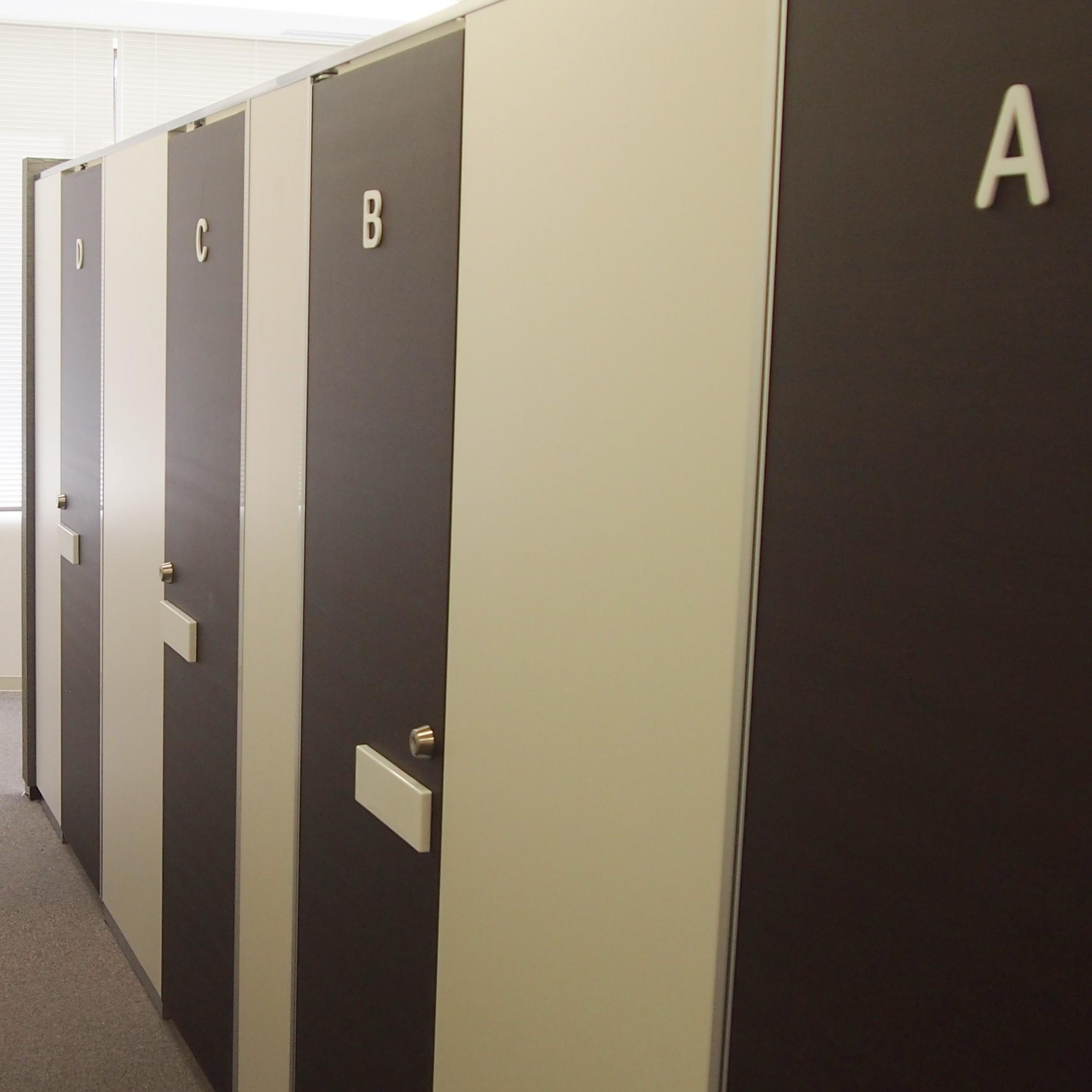 個室更衣室1